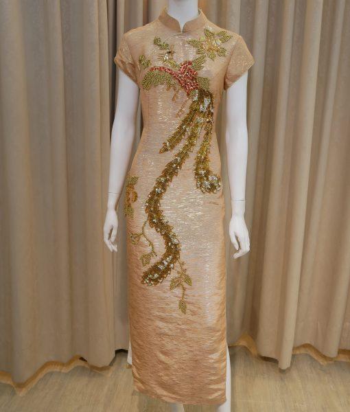 (台北媽媽禮服)金色鳳凰手工亮片串珠開衩圓襟低領短袖長旗袍