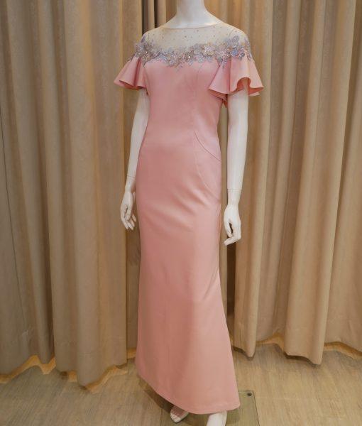 (台北媽媽禮服)MK01粉紅緞面荷葉袖亮鑽寬領貼花長禮服