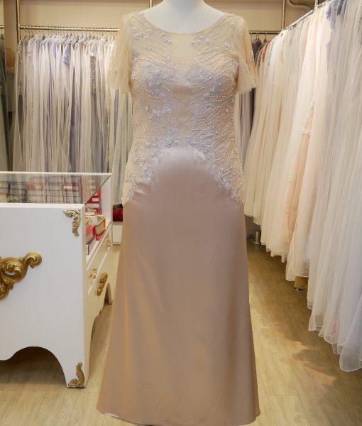 (台北媽媽禮服)MK08大尺碼香檳金緞面珍珠蕾絲荷葉袖長禮服