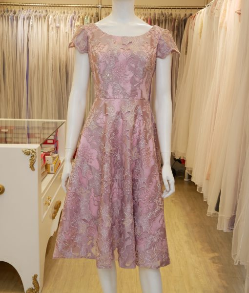 (台北媽媽禮服)S38粉蕾絲襯亮紗A-line蓋袖短禮服