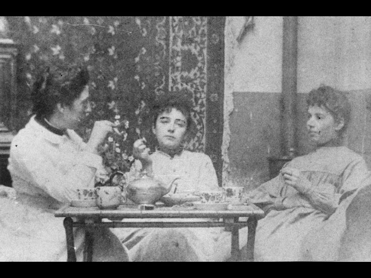 Jessie (left) and Camille (centre) take a break at their Paris atelier.