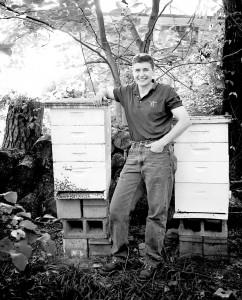 Advanced Intermediate Bee School Instructor, Cindy Bee