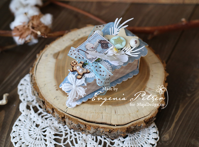 blue_christmas_slice_petzer_maja_design