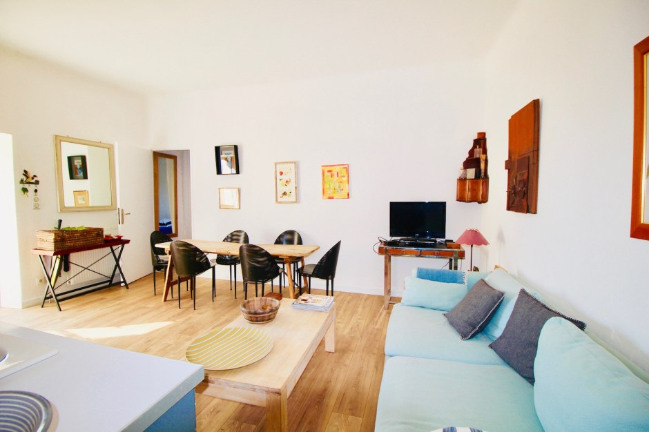 2 Bedrooms, Appartement, Vente, Listing ID 1294, EYGALIERES, France,