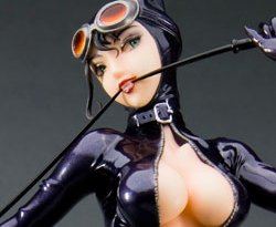 catwoman-statue-THUMB