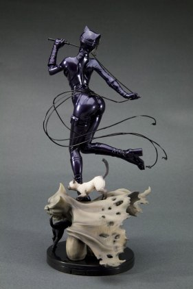 catwoman_back3