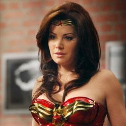 Wonder_Woman_Erica_Durance_THUMB