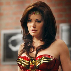 Wonder_Woman_Erica_Durance_THUMB