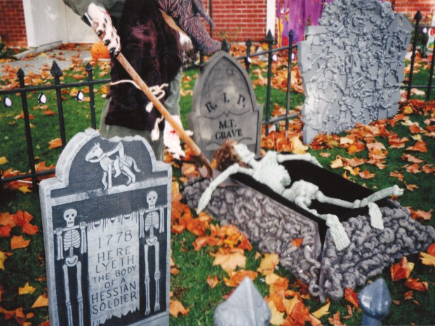 Styrofoam&nbsp;Tombstones