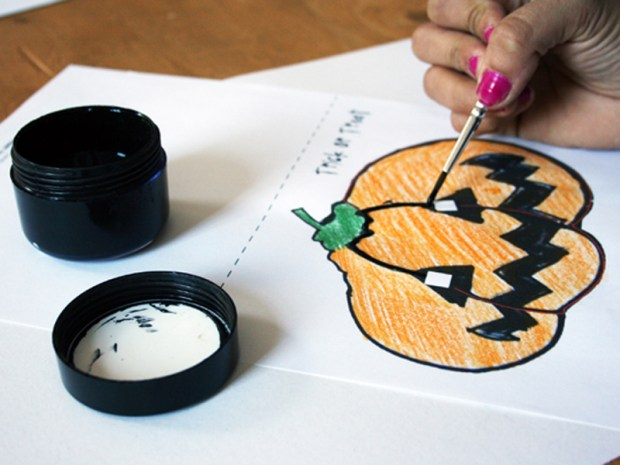 Glowing Halloween Card
