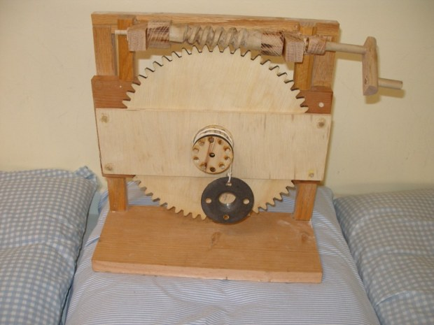 Roll Your Own Da Vinci Style Worm Gear