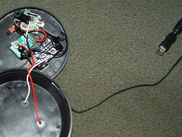 $3 Solar-Powered CellphoneCharger