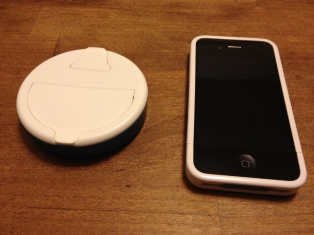 Ice Breakers Stand for iPhone 4, 4S, or Original iPhone