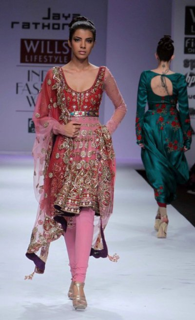 Top 8 Indian Bridal Wear from Wills Lifestyle India ...
