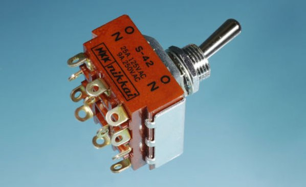 4PDT full-size toggle switch