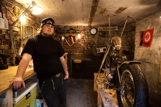 Enrico de Haas in Wannabe-Choppers' old workshop in Düsseldorf.