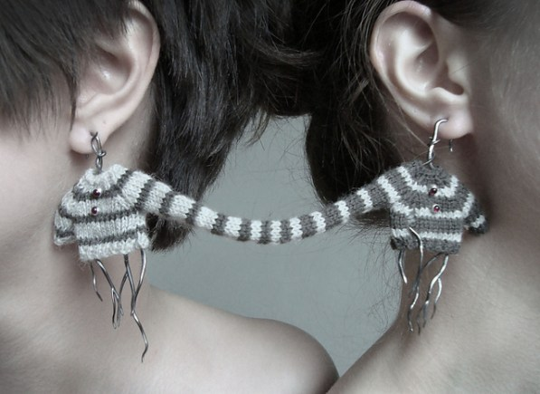 attached-ear-rings-1
