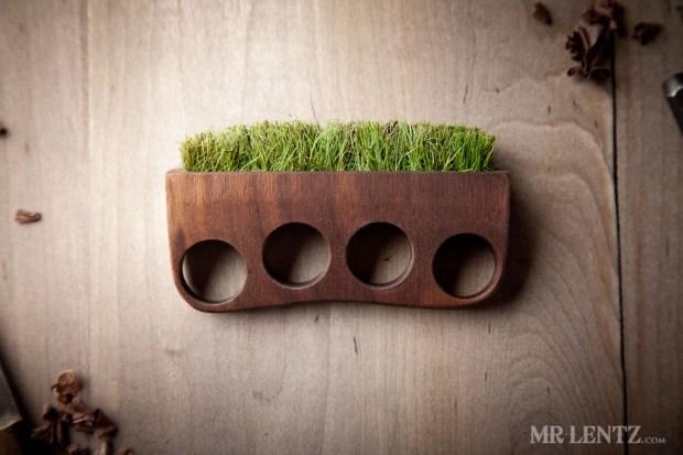 """""""Grass"""" knuckles."""