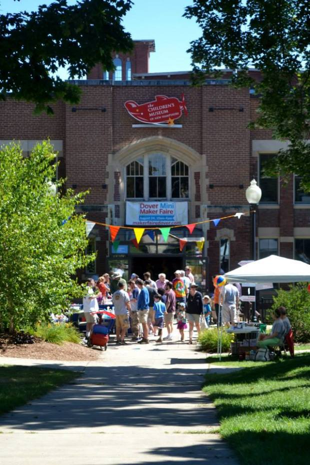 The Children's Museum of New Hampshire organized and hosted the Dover Mini Maker Faire