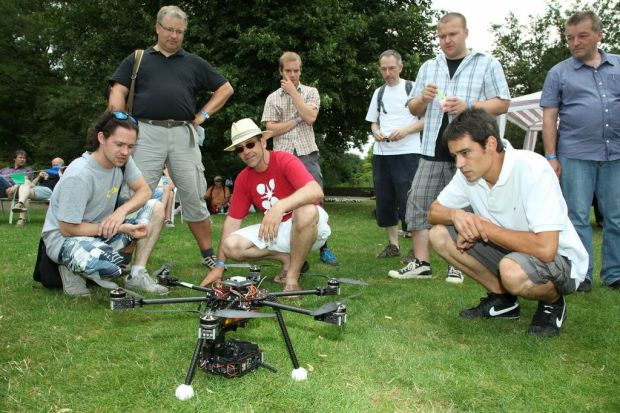 Quadcopters always draw a crowd. By Martin Klauss.