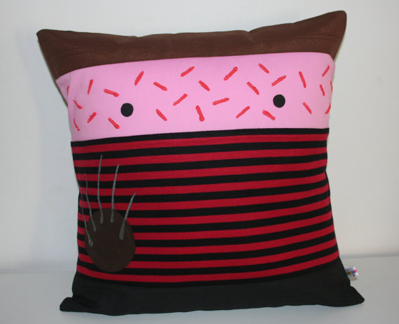 freddy-pillow-cushion-cover