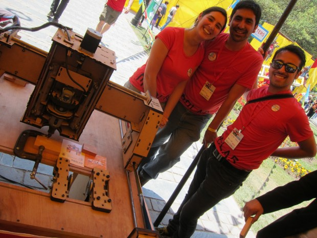 The MadLab team from Escuela de Arquitectura y Diseno built this open source CNC router