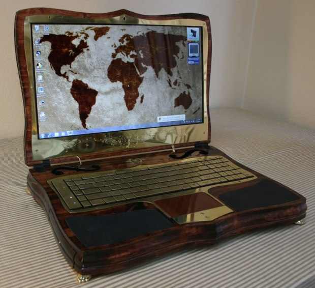 The front of v2 of the ever-famous steampunk laptop