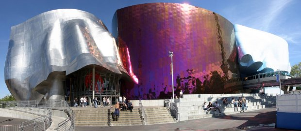 EMP building by Frank Gehry (2000). Photo by memoirsofasingledad.com.