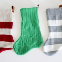 deliacreates_sweater_stockings_01