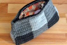 "Crochet This Zippered Pouch For All Your ""Junk"""