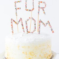 Make It for Mom: Paper Straw Message Cake Toppers
