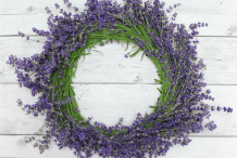 Floral Decor: Fresh Lavender Wreath