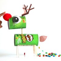 make-candy-pooping-reindeer-apieceofrainbowblog-b