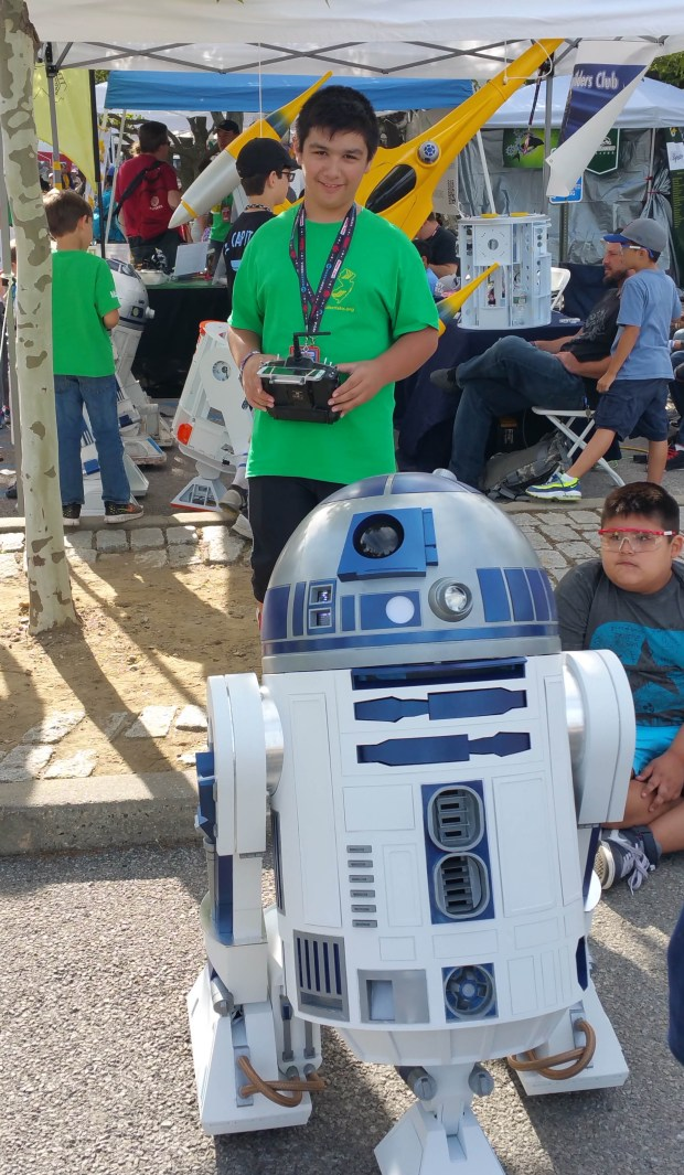 Entertaining the Crowds at World Maker Faire