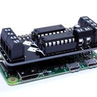 The MotoZero makes your Raspberry Pi motorized