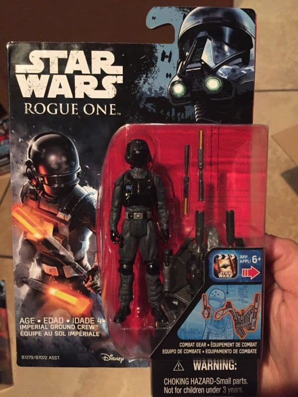 "Rogue One: A Star Wars Story 3.75"" wave 1 reveals Imperial Ground Crew!"