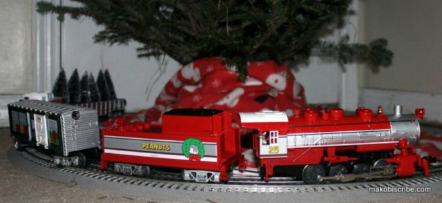 Start A Family Tradition With The Lionel Peanuts Christmas Train Set