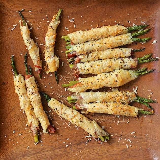 Parmesan Asparagus Prosciutto Phyllo Spears Appetizer (1)