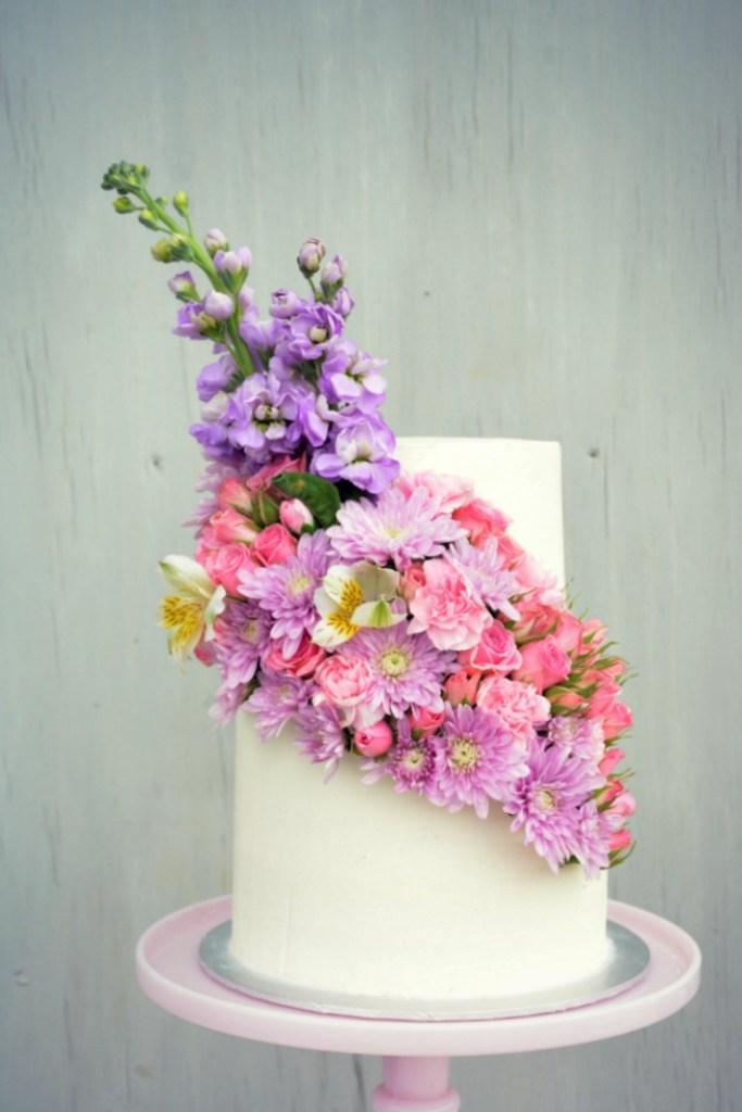 mauve cake 1