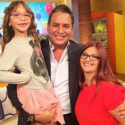 Daniel con su hija mayor y su nieta, Victoria