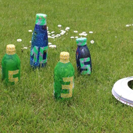 Wurfspiel aus Flaschen
