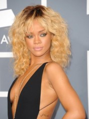 Rihanna at the 2012 Grammy awards