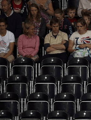 Screen shot 2012 07 30 at 9.21.27 AM 290x385 Empty seats at Olympic venues