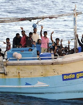 974529 asylum seekers 290x366 illegal immigrants on boat