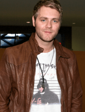 Screen Shot 2012 12 11 at 10.26.21 AM 290x381 Brian McFadden