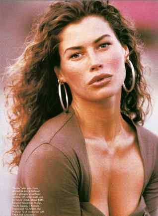 Carre Otis7 Former top model exposes the ugly truth about the modelling industry.