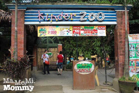 Kinder Zoo Facade