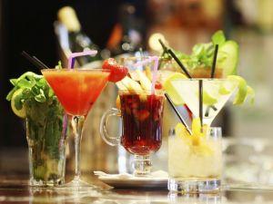 1388428019000-cocktails