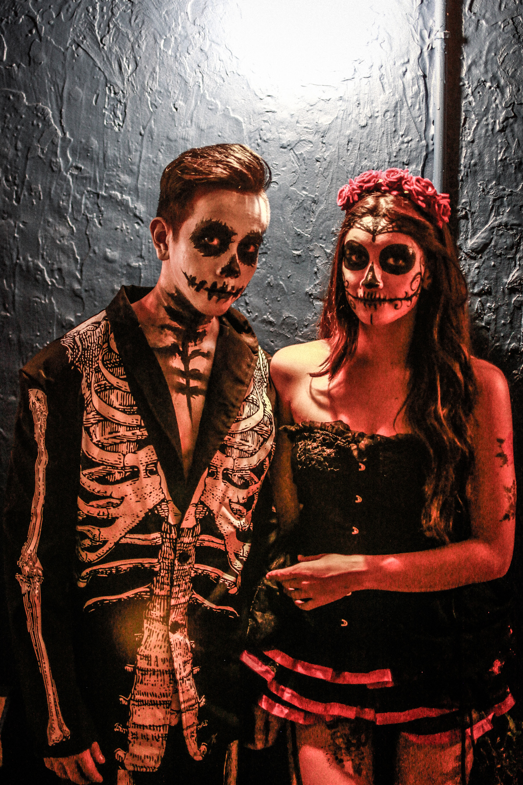 day_of_the_dead_couple_costume
