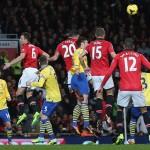 Manchester-United-v-Arsenal-Robin-van-Persie-_3033820